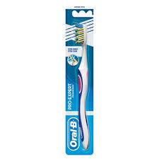 Oral-B Handzahnbürste CrossAction Extra Clean 40, 1 Stück, mittlerer Bürstenkopf, CrissCross-Borsten